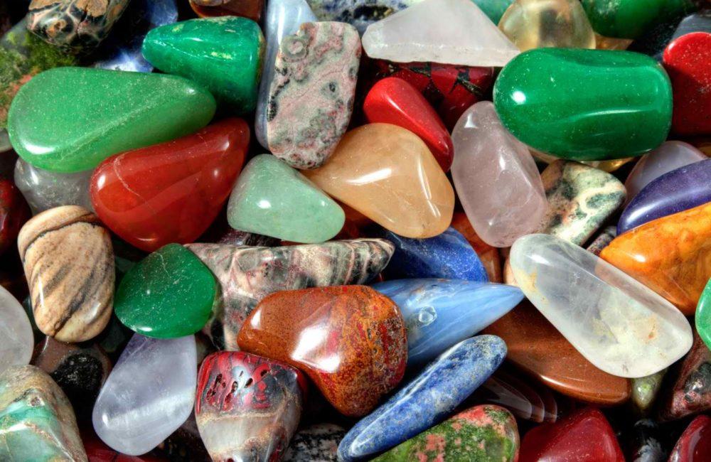 nettoyage_purification_pierres_cristaux_lithotherapie